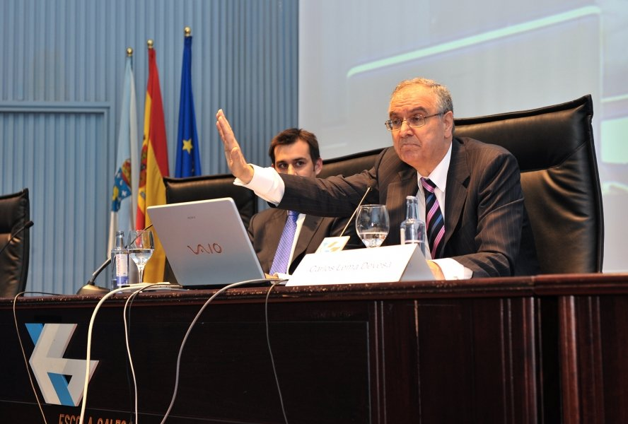 Imaxes Manuel Areán Lalín, catedrático de Dereito Mercantil na Universidade da Coruña